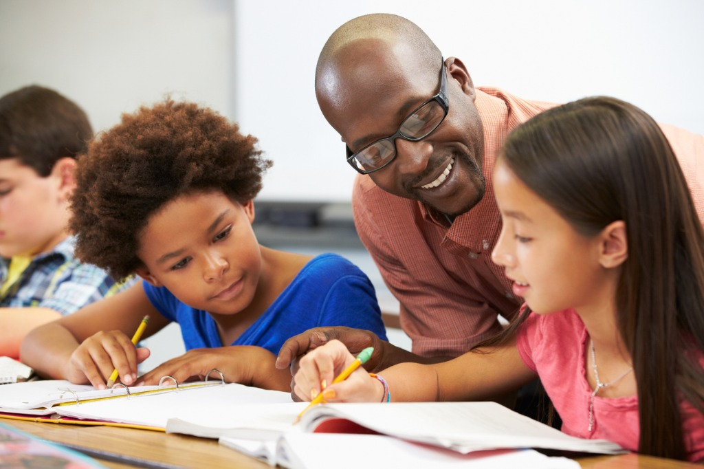 teaching-helping-students
